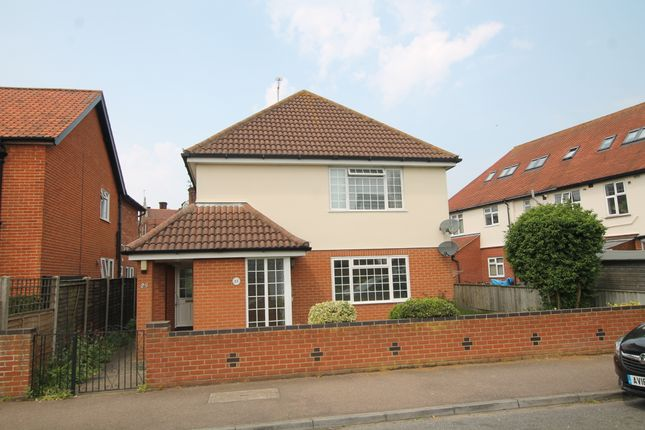 2 bed flat to rent in Fleetwood Road, Felixstowe