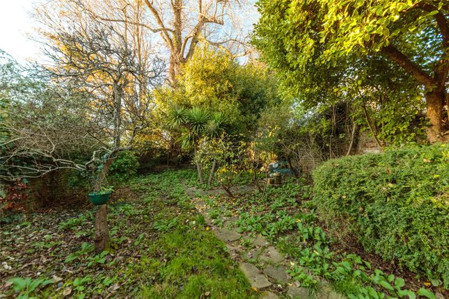 Picture No. 02 of Wilbury Gardens, Hove BN3