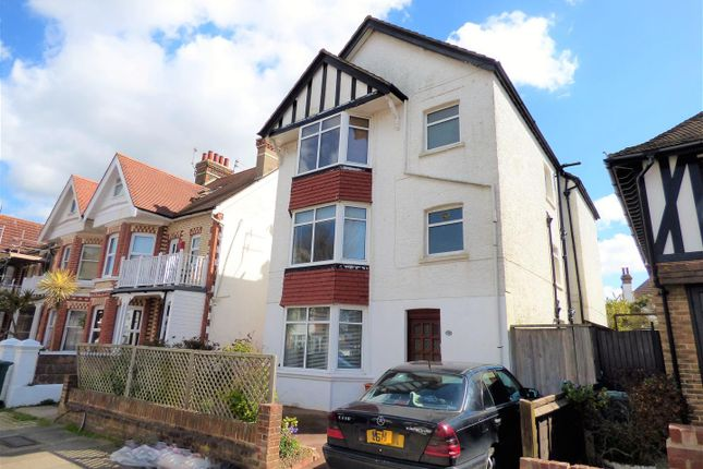 Thumbnail Flat for sale in Langdale Road, Hove