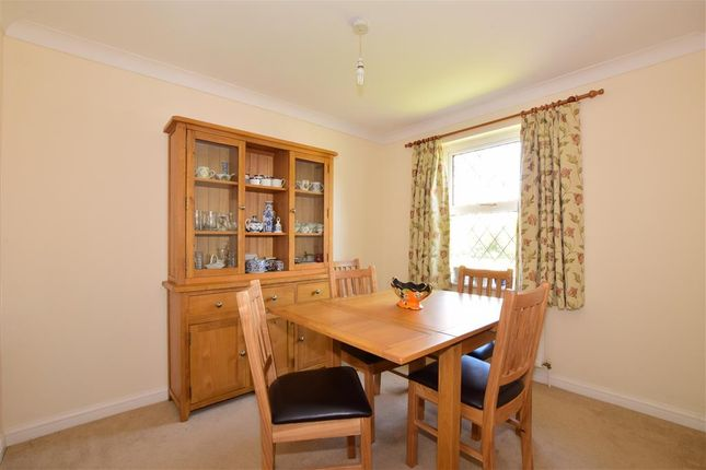Thumbnail Link-detached house for sale in Grenehurst Way, Petersfield, Hampshire