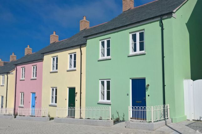 2 bed terraced house for sale in 10 Stret Myghtern Arthur, Nansladen, Cornwall
