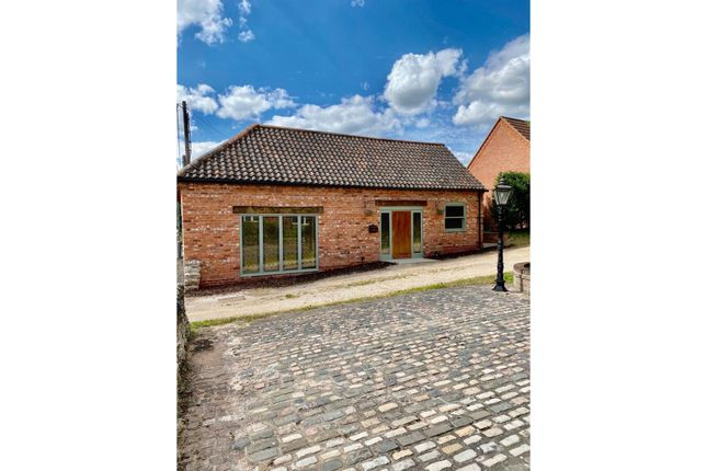 2 bed detached bungalow for sale in High Street, East Markham, Newark NG22