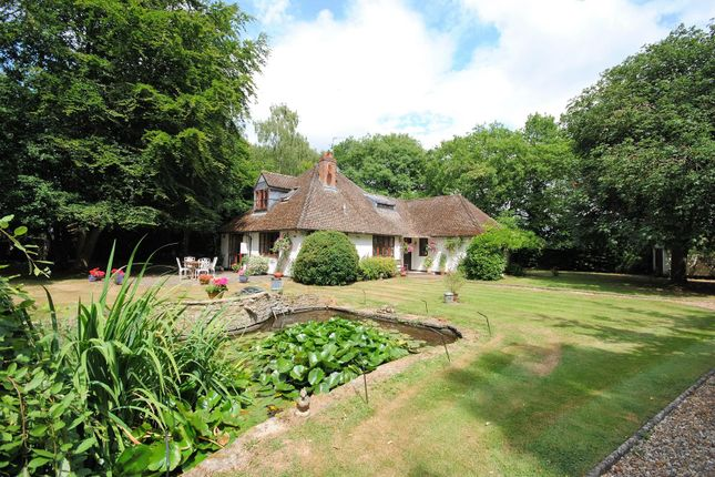 Thumbnail Detached house for sale in Lye Green, Chesham