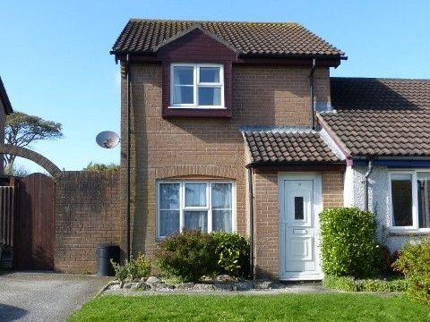 Thumbnail Semi-detached house to rent in Little Oaks, Penryn