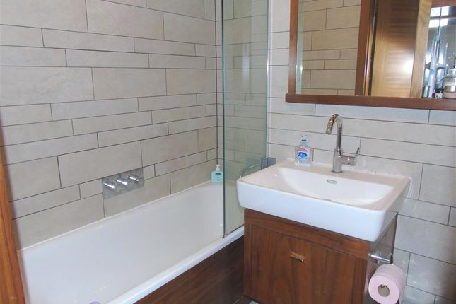 Bathroom of The Hayes Apartments, The Hayes, Cardiff CF10