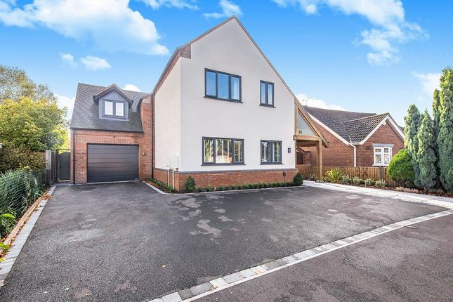 Picture No. 32 of Greenmoor Road, Burbage, Hinckley, Leicestershire LE10