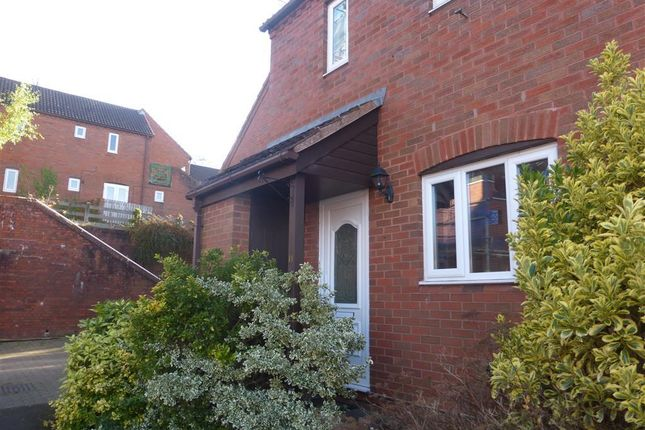 Thumbnail Property to rent in Salop Road, Batchley, Redditch