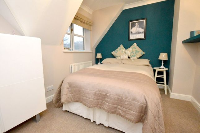 Picture No. 28 of September Cottage Selsley Road, North Woodchester, Stroud, Gloucestershire GL5