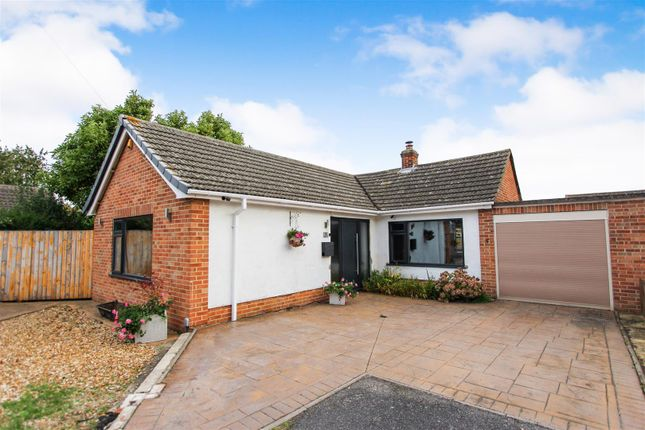 Thumbnail Detached bungalow for sale in Nightingale Close, Hartford, Huntingdon
