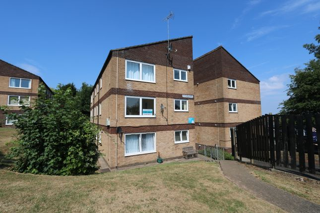 Thumbnail Flat for sale in Buttrills Road, Barry