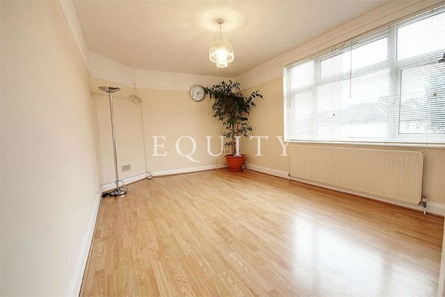 Thumbnail Flat for sale in Monmouth Road, Edmonton