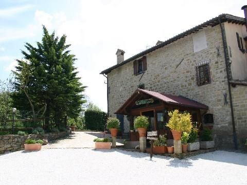 Hotel/guest house for sale in Grand Estate & B&B, Gubbio, Umbria