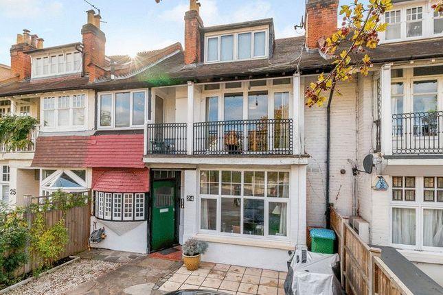 Thumbnail Flat for sale in Elmers Drive, Teddington