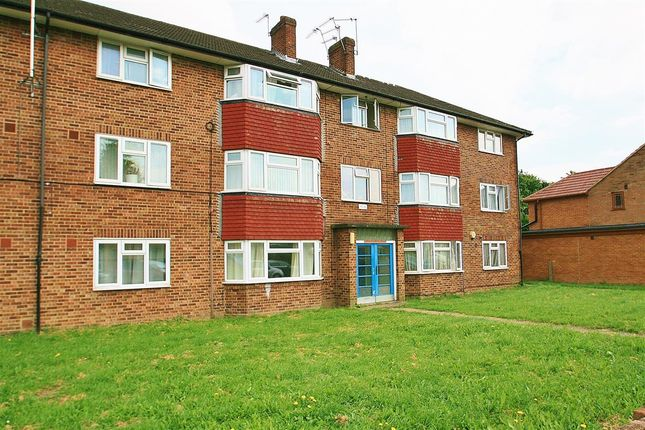 Thumbnail Flat to rent in Larch Crescent, Yeading, Hayes