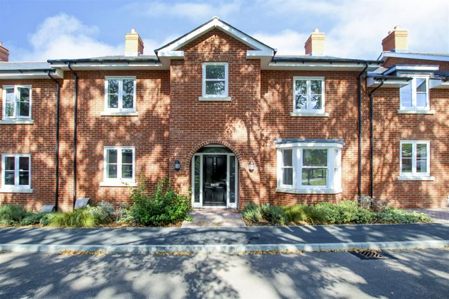 Thumbnail Property for sale in Regent Way, Brentwood