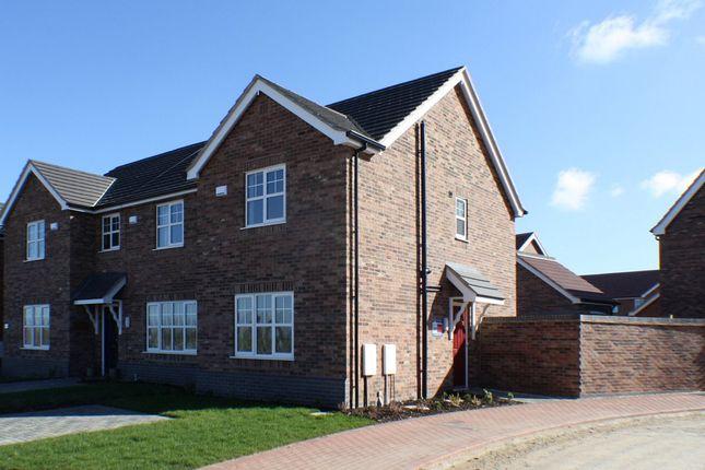 Thumbnail Semi-detached house to rent in Bayleaf Lane, Barton-Upon-Humber