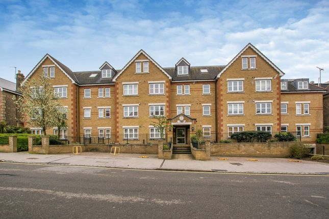 Thumbnail Flat to rent in Birdhurst Road, Croydon, South Croydon