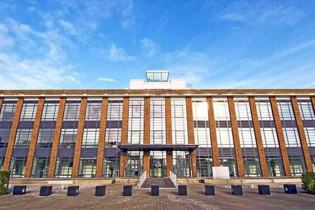 Thumbnail Office to let in The Hub, Farnborough
