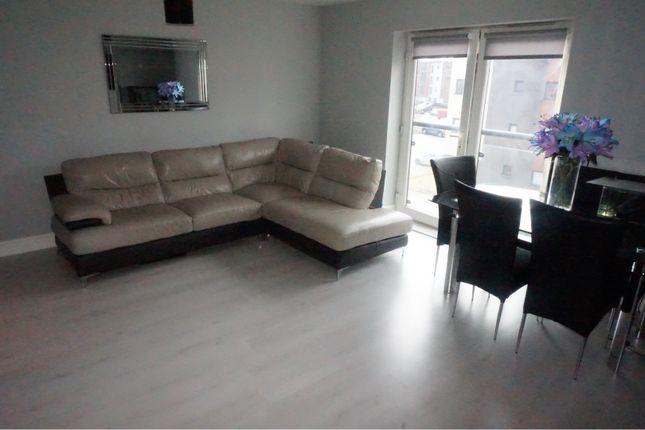 Thumbnail Flat for sale in 2 Cardon Square, Renfrew