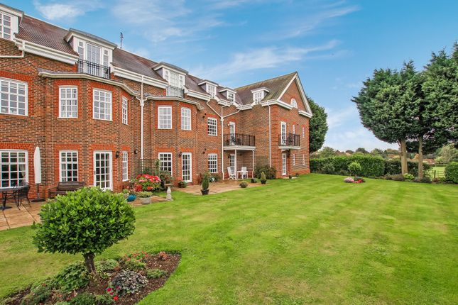 Thumbnail Penthouse for sale in 18 Lady Cooper Court, Castle Village, Berkhamsted, Hertfordshire