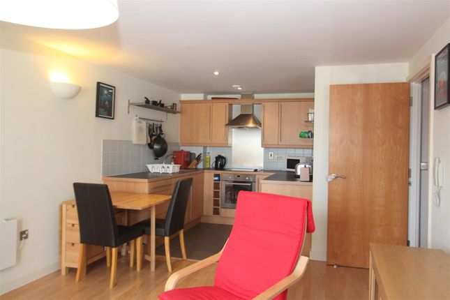 Thumbnail Flat to rent in City Walk, Leeds