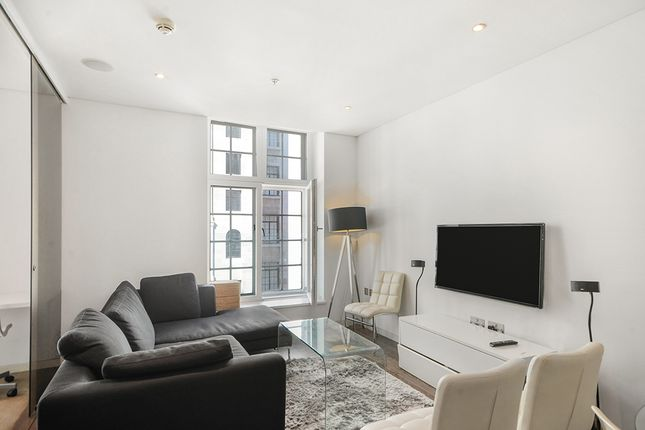 2 bed flat to rent in Strand, London WC2R
