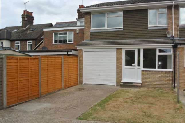 Thumbnail Terraced house to rent in White Lion Road, Amersham, Amersham