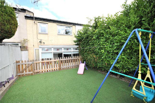 Picture No. 16 of Holtdale View, Holt Park, Leeds LS16