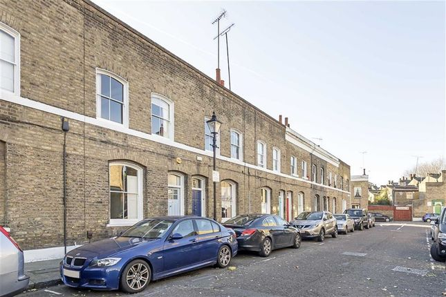 Thumbnail Property to rent in Quilter Street, London