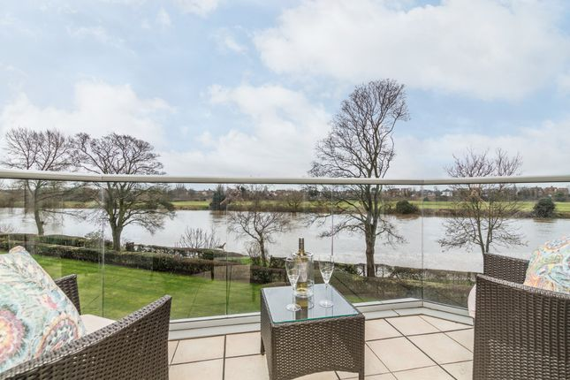 Thumbnail Flat for sale in Waterside Way, River Crescent, Nottingham