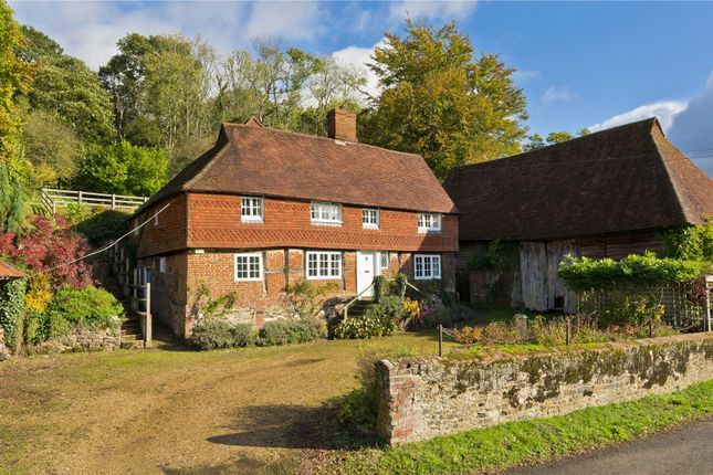 4 bed detached house to rent in Heath Hill, Dockenfield, Farnham, Surrey GU10