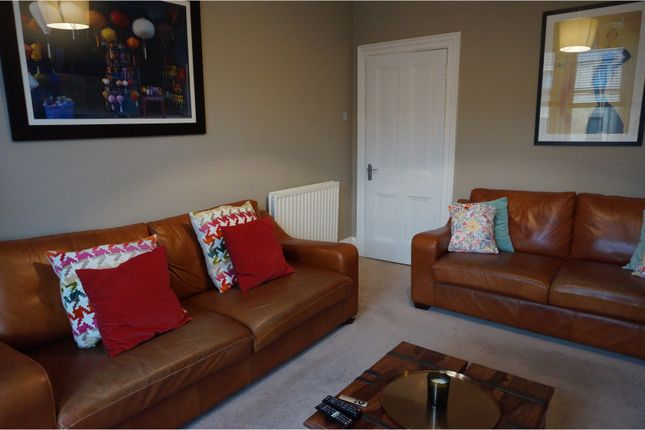 Thumbnail Flat to rent in 1 Hartfield Gardens, Dumbarton