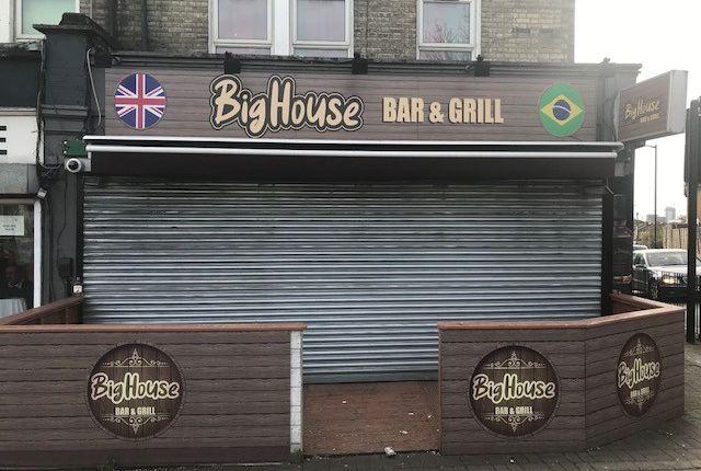 Restaurant/cafe to let in High Street, Harlesden