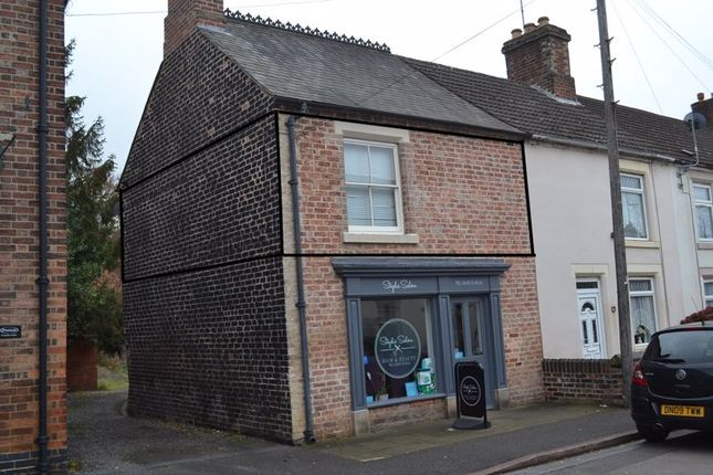 1 bed flat to rent in The Holdings, Oxford Street, Church Gresley, Swadlincote DE11