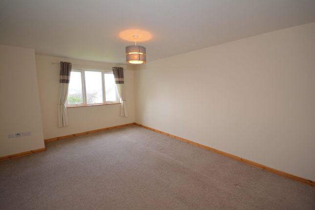 Thumbnail Flat to rent in Woodlands Brae, Inverness, Inverness