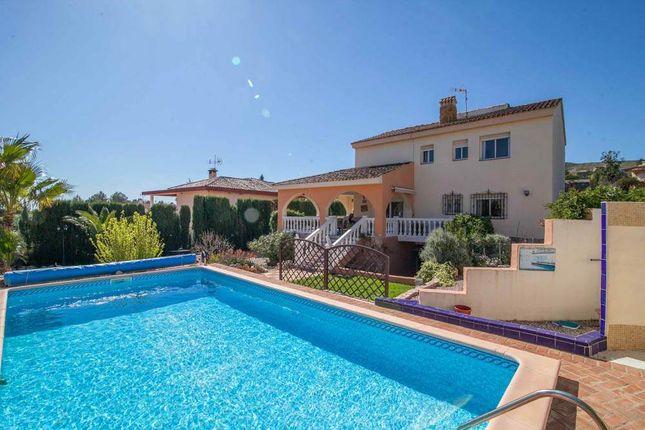 4 bed villa for sale in Turis, Valencia, Spain