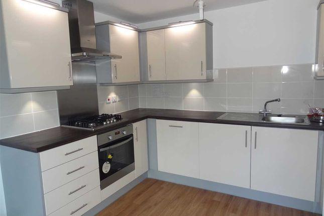 Thumbnail Flat to rent in Lockwood Court, Todd Close, Borehamwood