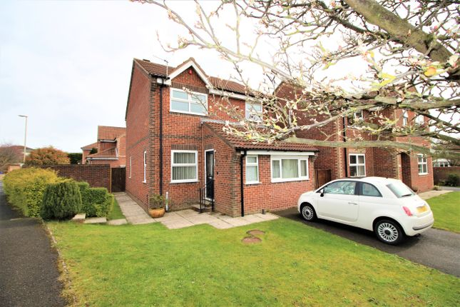 Thumbnail Detached house for sale in Blackbird Way, Scarborough