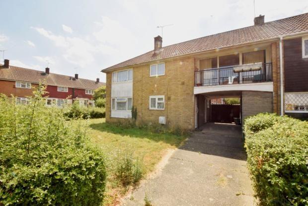Thumbnail Flat for sale in Thorrington Cross, Basildon