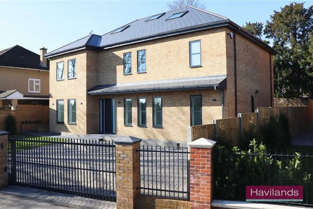 Thumbnail Detached house for sale in Quakers Walk, Winchmore Hill, London