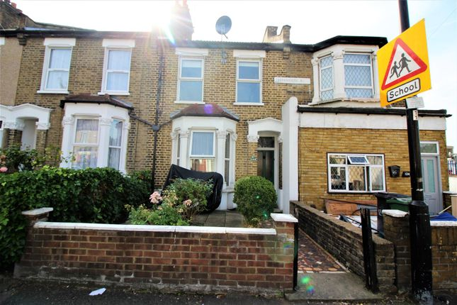 Thumbnail Flat for sale in Markhouse Avenue, London