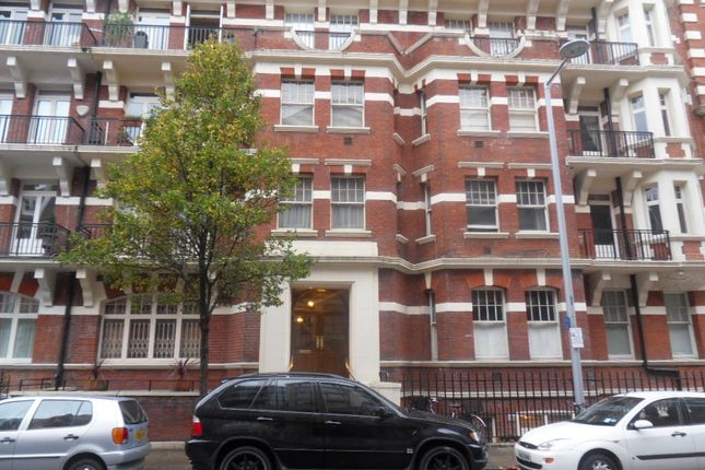 2 bed flat to rent in Drayton Gardens, Chelsea