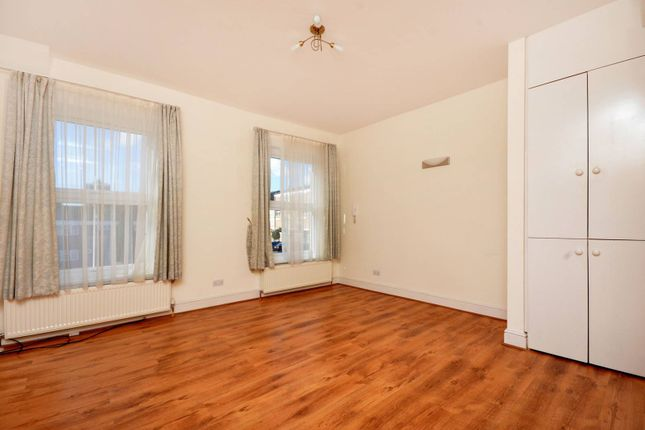 Thumbnail Flat to rent in Laurel Grove, Anerley