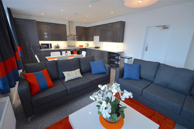 Lounge of Wollaton Road, Beeston, Nottingham NG9