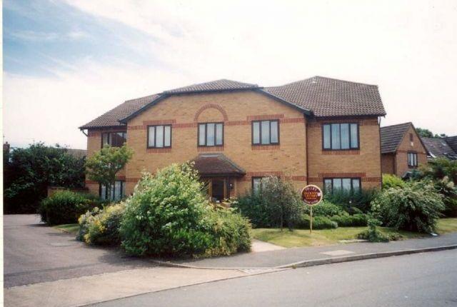 Thumbnail Flat to rent in Bordeaux Close, Duston, Northampton