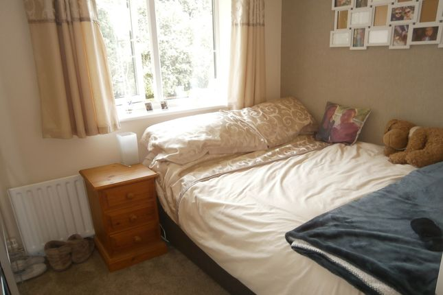 Bedroom of Dickens Close, Galley Common, Nuneaton, Warwickshire CV10