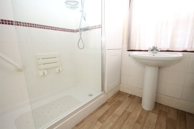 Bathroom of Welling Way, Welling, Kent DA16