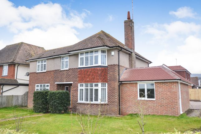 Thumbnail Property to rent in Kings Drive, Eastbourne