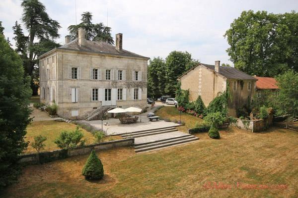 Thumbnail Property for sale in Brantôme, Dordogne, 24310, France