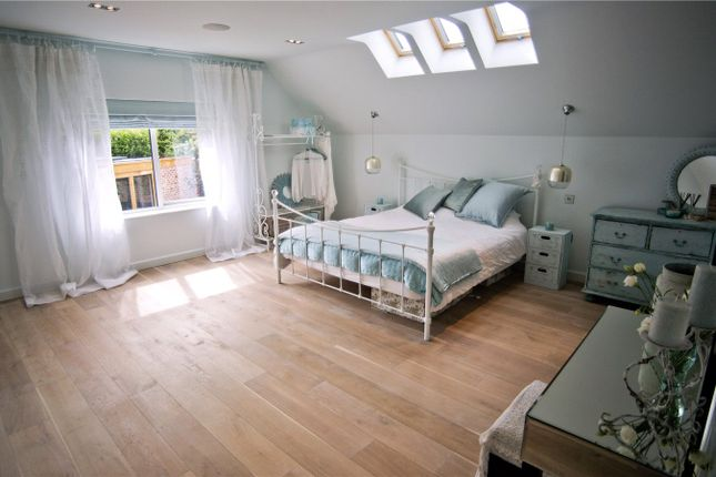 Kempnough Hall Road, Worsley, Manchester M28, 4 bedroom